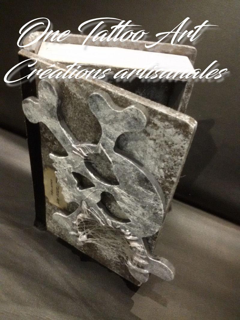 grimoire boite - idée cadeau tete de mort - skull - one tattoo création