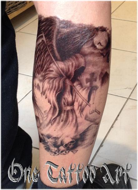 One Tattoo Art Faucheuse éphèmère