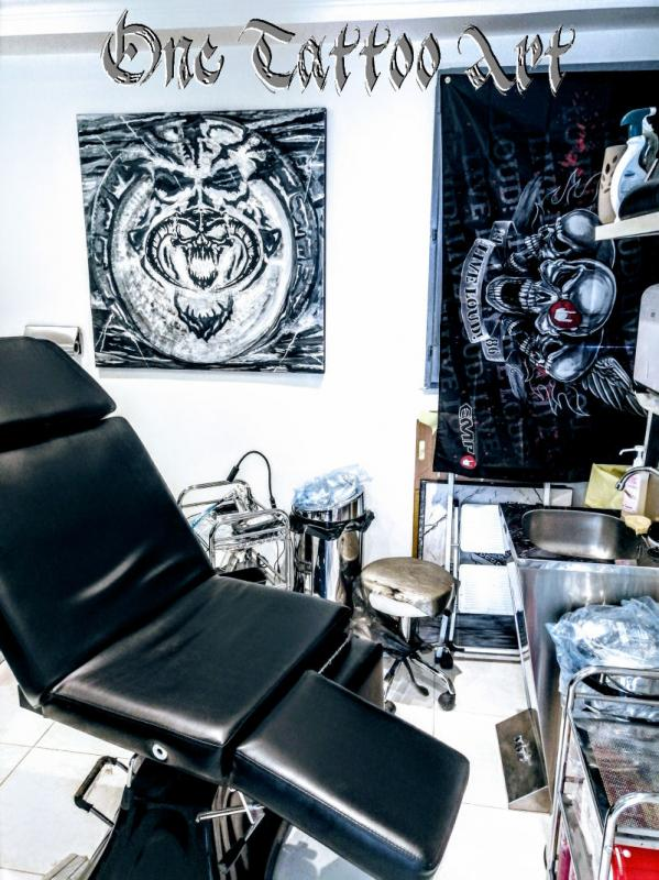 One tattoo art salon 2