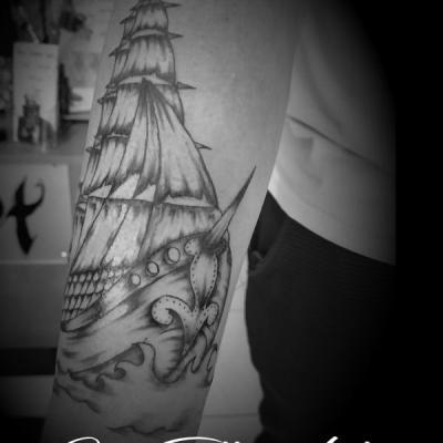 Bateau one tattoo art