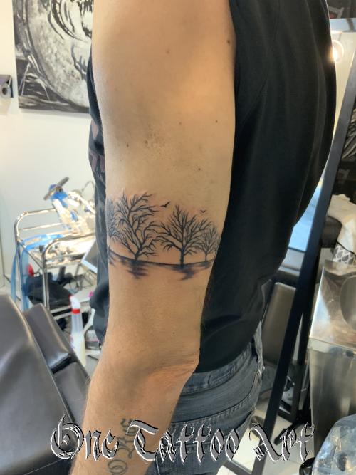 Bracelet tattoo arbre one tattoo art