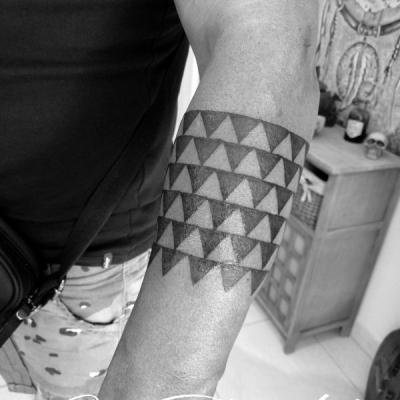 Bracelet tattoo one tattoo art