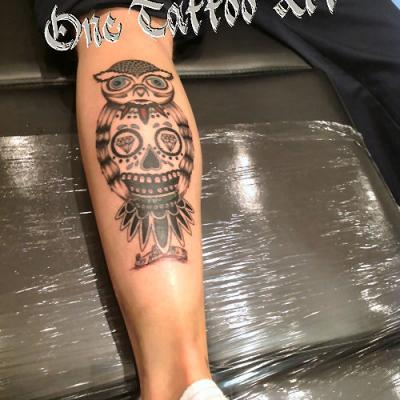 Hiboux one tattoo