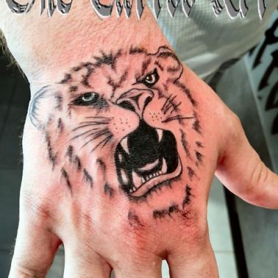 tete de lion - one tattoo art