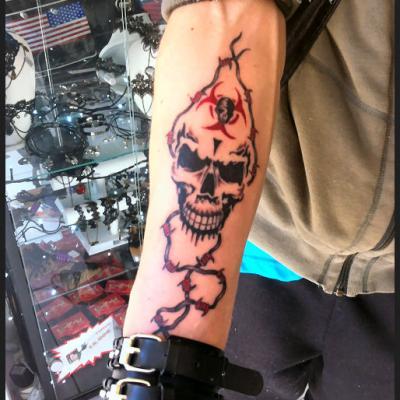 toxic - one tattoo art